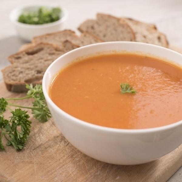 Tomatensoep met brood